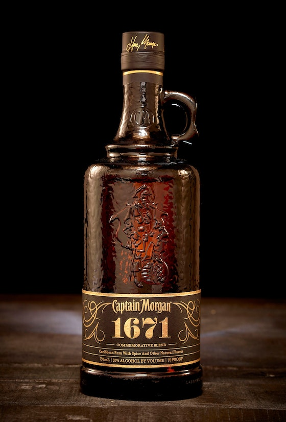 Captain Morgan 1671 packaging identity