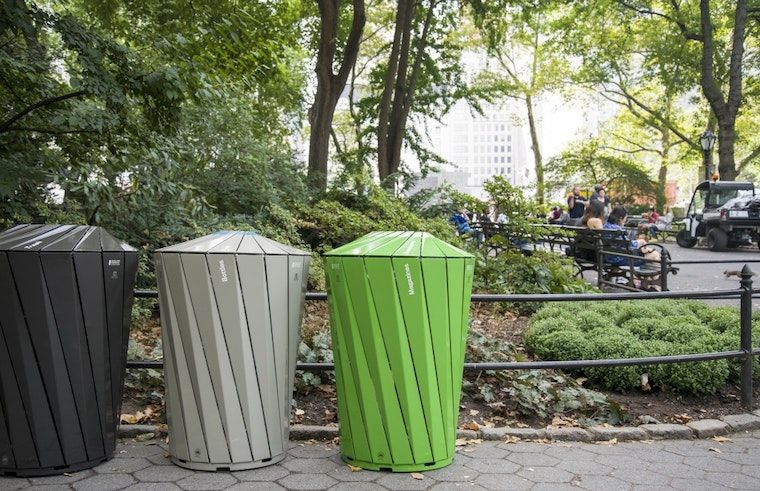 Landor_Central_Park_Conservancy_Trash_And_Recycling_Receptacles_04