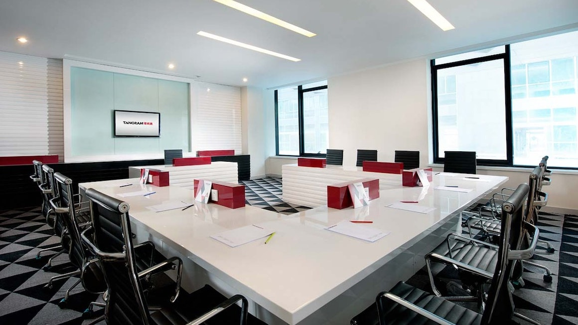 Tangram Meeting Room